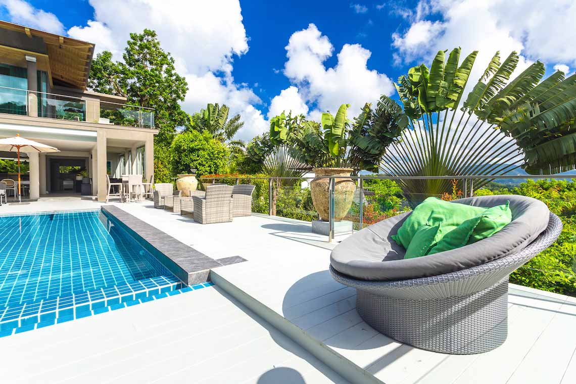 La Colline Villa Napalai pool side beahbag chairs